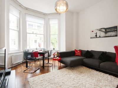 Photo for Penywern Road Gem apartment in Kensington & Chelsea with WiFi & balcony.