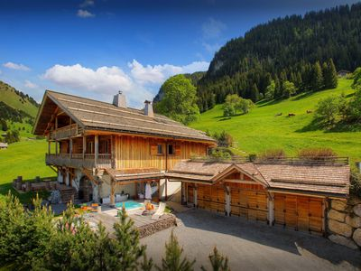 Photo for 5 star luxury chalet with spa centre and concierge - SnowLodge
