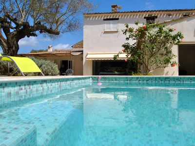 Photo for MAGNIFICENT VILLA 250 m² - Quiet with swimming pool