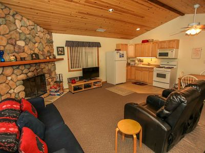 Photo for House in Big Bear Lake with Parking, Internet, Balcony (983638)