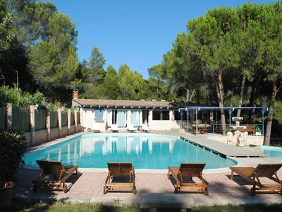 Photo for Farmhouse with pool, near Nimes, for 10 people, ideal family gathering.