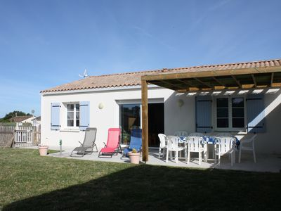 Photo for Holiday house at the foot of bike paths 5 km from the beaches