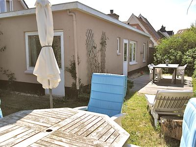Photo for Comfortable holiday home Strandloop in Bergen aan Zee