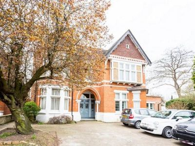 Photo for Large 2 bedroom Victorian, Cosy Flat, Beautifully Designed Gardens With Parking