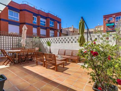 Photo for Sunny 2bed with terrace close to Plaza España