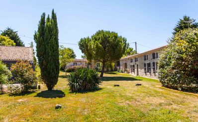 """Photo for Gîte """"Ile d'Aix"""" with pool of 7x7m, 20 minutes from the beaches"""