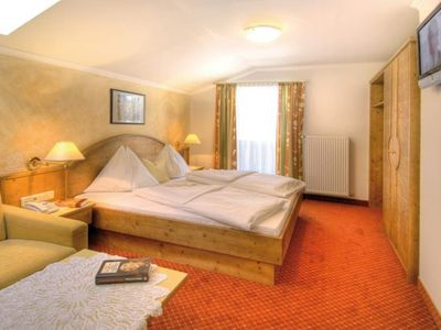 Photo for Double room with shower od. Bathroom, WC - Salzburger Hof, Hotel