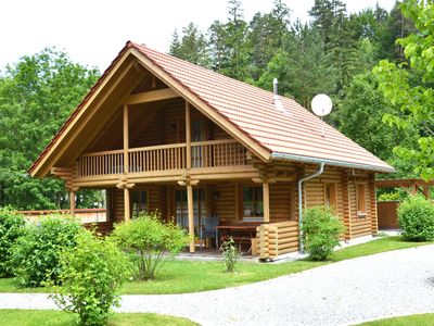 Photo for Quaint log cabin on the Lechfall