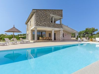 Photo for Catalunya Casas: Villa La Vinya for 10, only 5min to the town of Pollensa