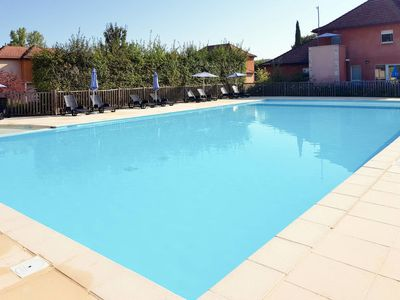 Photo for Apartment Le Domaine de Claire Rive (PYC400) in Prayssac - 3 persons, 1 bedrooms