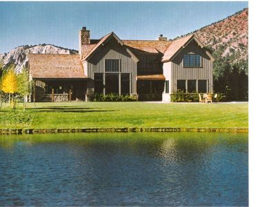 Photo for 4 Bedroom Mtn House 25 mi Down Valley from Aspen