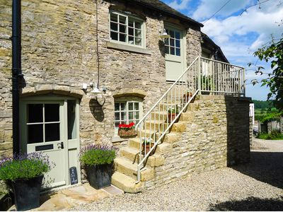 Photo for IN & OUT COTTAGE, luxury holiday cottage in Middleham, Ref 972733