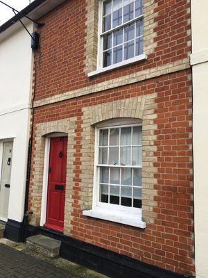 Photo for Pretty Lavenham Grade 11 listed cottage in the heart of the village!