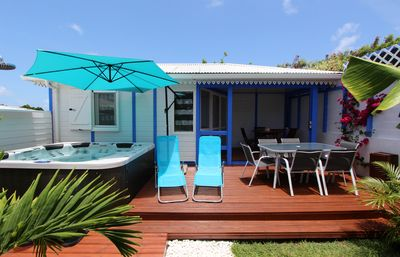 Photo for Tropical Sapphire bungalow and spa, 250 meters from the beach