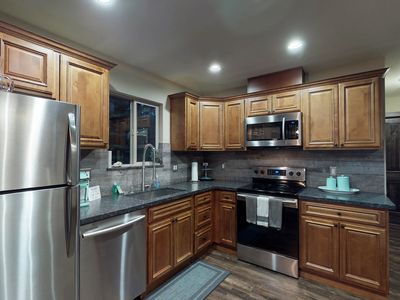 Photo for Comfortable house near Lake Tahoe w/ full kitchen & furnished deck