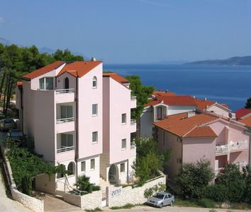 Photo for Apartment (2 + 2) with pool and sea view