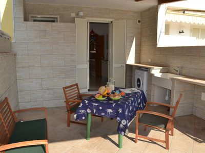 Photo for Cosy Apartment Near the Beach with Patio & Balcony; Pets Allowed; Parking Available