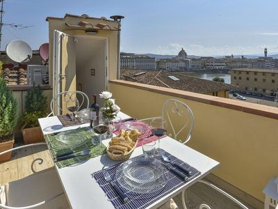 Photo for Casa Elisa apartment in Oltrarno with WiFi, integrated air conditioning & private roof terrace.