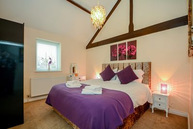Master Bedroom with Superking size bed and en suite