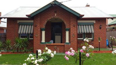 Photo for Ravenswood-an iconic Drouin property