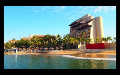 Photo for Club Regina Puerto Vallarta with great views and right on the beach