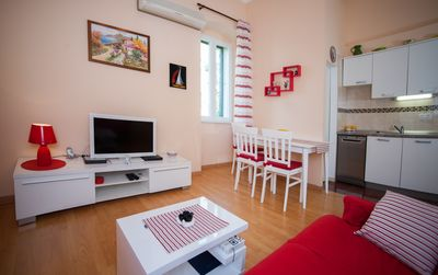 Photo for Cozy and comfortable apartment Anamarija-Bacvice