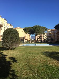 Photo for 2 bedroom apartment in a residence with swimming pools, very close to the sea