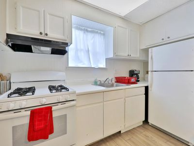 Photo for Adorable, luxurios romantic 2 bdrm apt., DT, BEST VALUE, pets welcome