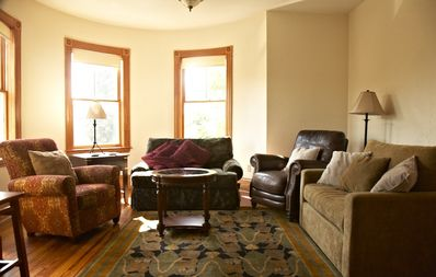 Photo for Charming apartment in Central Boston close to all attractions and transport!