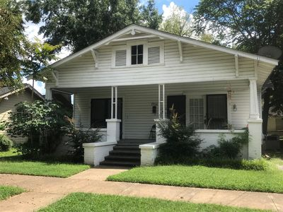 Photo for Downtown Tuscaloosa duplex within walking distance of campus and Bryant Denny