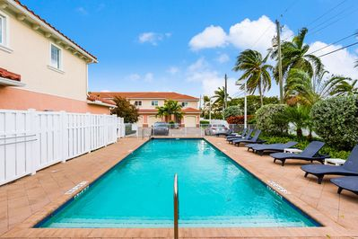 Pool - Relax in this beautiful community pool