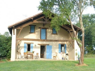 Photo for Gite Arthez-d'Armagnac, 3 bedrooms, 6 persons