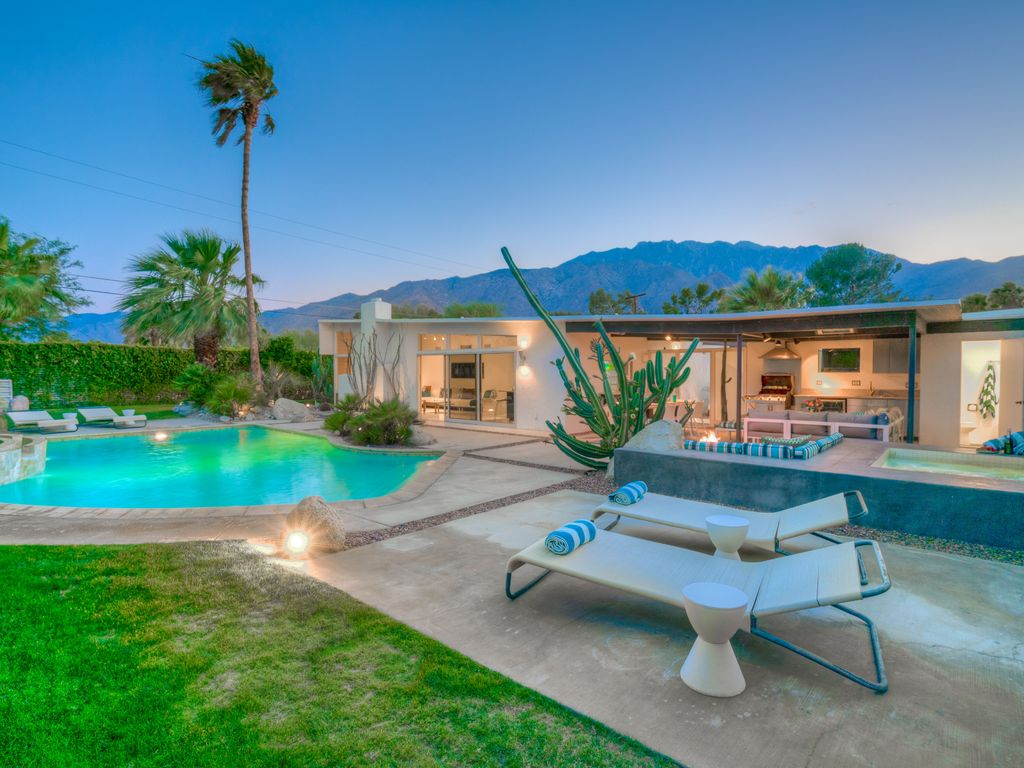 Iconic Mid-Century Alexander Butterfly with... - VRBO