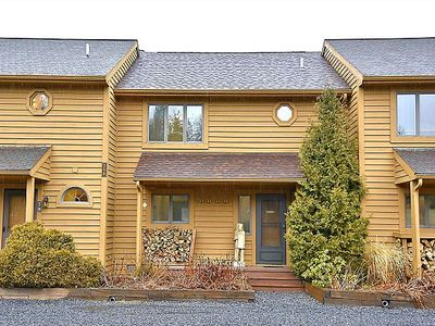 Mountain View! Outdoor Pool/Complimentary Mirror Lake Access! (open)Pet Friendly! Sleeps 8