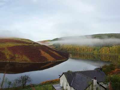 Photo for Idyllic off-grid holiday cottage spectacularly situated overlooking Llyn Brianne