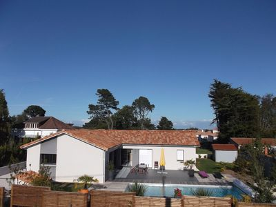 Photo for villa and heated pool, 800m from the beach and the center of pornic walk wifi