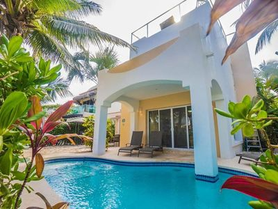 Photo for Paraiso Private Villa with Lovely Pool and Stunning Ocean views from the Rooftop