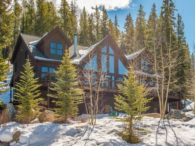 Photo for Mountain luxury lodge w/ views & private hot tub - area attractions nearby!