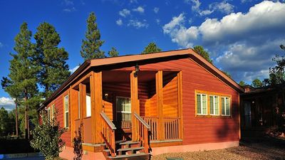 Photo for 2  BDRM CABIN- PVC at the ROUNDHOUSE RESORT- GREAT LOCATION- HIKING-FISHING