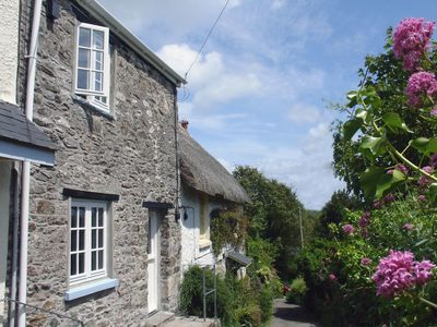 Photo for SEACOMBE, family friendly, with open fire in Hallsands, Ref 976156