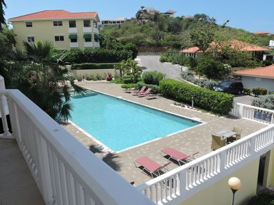 2 bedroom apartment with beautiful view of the caribbean ocean at Blue bay