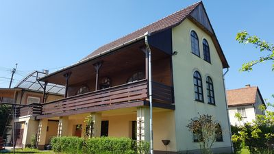 Photo for Super cottage on the outskirts of Budapest