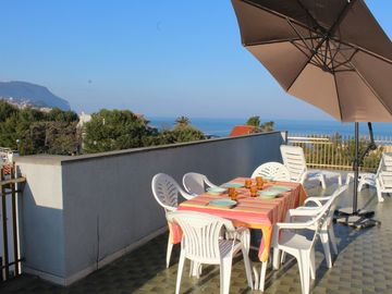 Search 386 holiday rentals