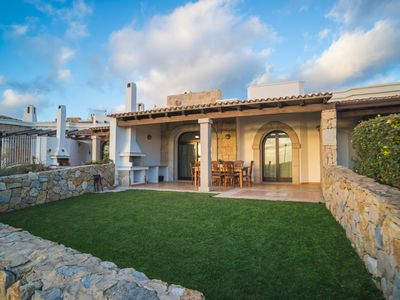 Photo for Independent villa with sea view and large garden to have fun with the family.