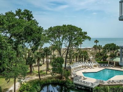 Photo for This fully renovated Hilton Head Vacation Rental is located on the 4th floor!