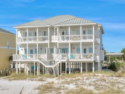 """Photo for """"Heavenly Sunset"""" - Great Location- Gulf-Front Home w/pool - Sleeps up to 14."""