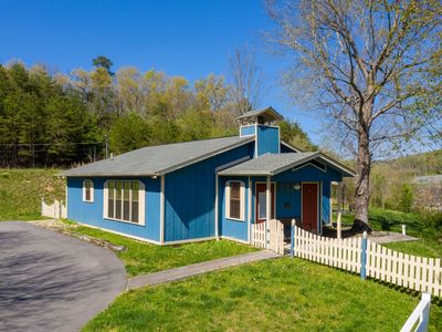 Photo for Charming schoolhouse cottage right across from Dollywood!