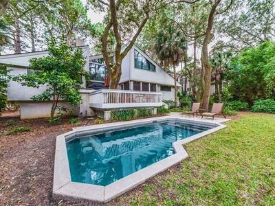 Photo for Fabulous and spacious private 3rd row home near beach!