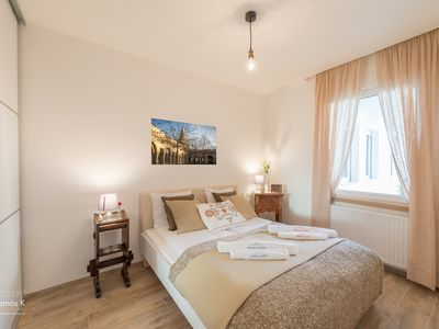 Photo for Basilica Deluxe Apartment Budapest - A/C, free Wifi, city centre
