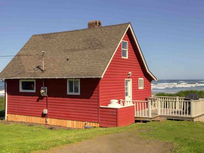 Photo for A Yachats Classic With An Incredible Ocean View, Tide Pools & Sandy Beach! FREE NIGHT
